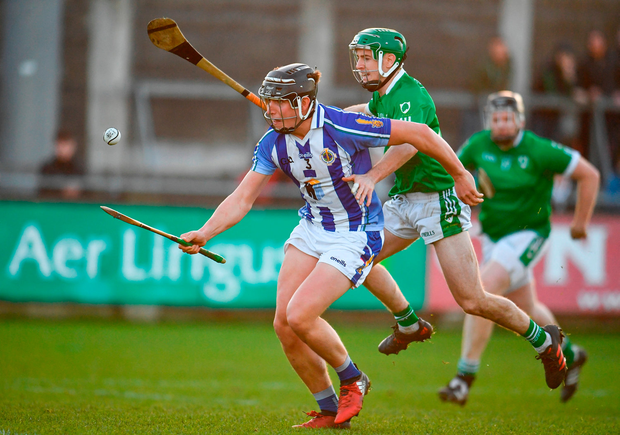 Luke Corcoran of Ballyboden St Enda's in action against Kevin Connolly of Coolderry. Photo by Sam Barnes/Sportsfile