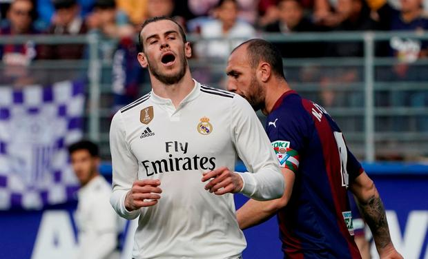 Real Madrid's Gareth Bale reacts after his goal is disallowed due to offside REUTERS/Vincent West