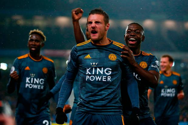 Jamie Vardy of Leicester City celebrates with team-mates after scoring. Photo: Dan Istitene/Getty Images