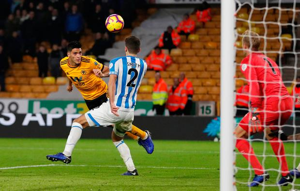 Raul Jimenez is unable to steer his header into the net. Photo: Action Images via Reuters/Matthew Childs