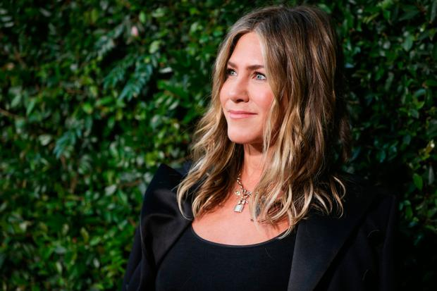 Jennifer Aniston attends the CHANEL Dinner Celebrating Our Majestic Oceans, A Benefit For NRDC on June 2, 2018 in Malibu, California. (Photo by Rich Fury/Getty Images)