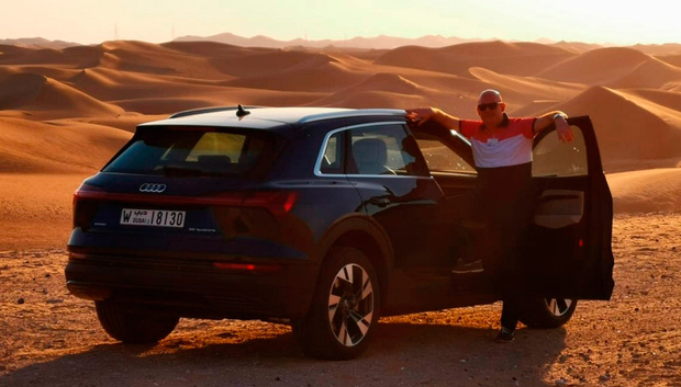 Our man tackles the deserts of Abu Dhabi in an Audi e-tron