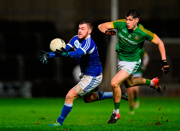 Gary Walsh of Laois in action against Seamus Lavin of Meath. Photo by Eóin Noonan/Sportsfile