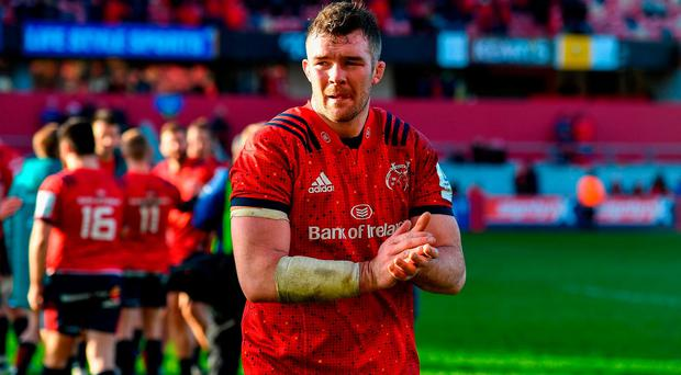 9 December 2018; Munster captain Peter O'Mahony applauds the crowd after the European Rugby Champions Cup Pool 2 Round 3 match between Munster and Castres at Thomond Park in Limerick. Photo by Brendan Moran/Sportsfile