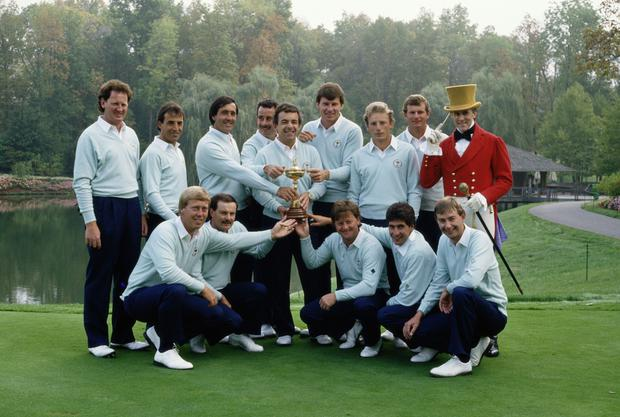 Eamonn Darcy, back left, was part of the winning Great Britain and Europe team of the 1987 Ryder Cup that was captained by Tony Jacklin. Photo: Getty