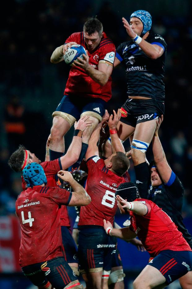 Munster's flanker Peter O'Mahony grabs the ball in a line-out. Photo: Getty