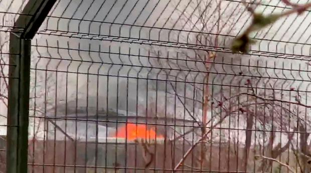 A fire is seen at Chester Zoo, Britain December 15, 2018 in this still image taken from a video obtained from social media. TWITTER/ @FAKTORYSTUDIOS1/via REUTERS THIS IMAGE HAS BEEN SUPPLIED BY A THIRD PARTY. MANDATORY CREDIT. NO RESALES. NO ARCHIVES.