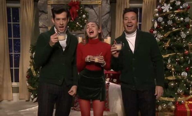 Miley Cyrus updates 'Santa Baby' for 2018 on Jimmy Fallon