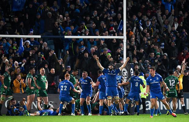 Leinster players celebrate as referee George Clancy awards Andrew Porter of Leinster a late try during the Guinness PRO14 Round 11 match between Leinster and Connacht. (Photo By Eóin Noonan/Sportsfile via Getty Images)
