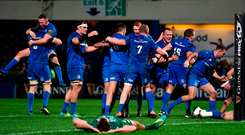 Leinster players celebrate Andrew Porter's match-winning try. Photo by Matt Browne/Sportsfile