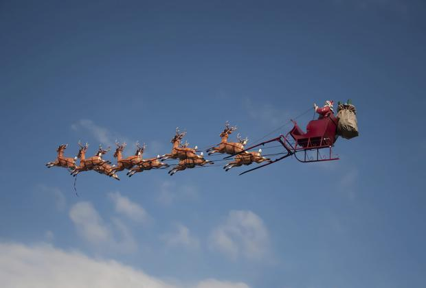 Santa has been granted permission to enter Irish air space from 5pm this Christmas Eve