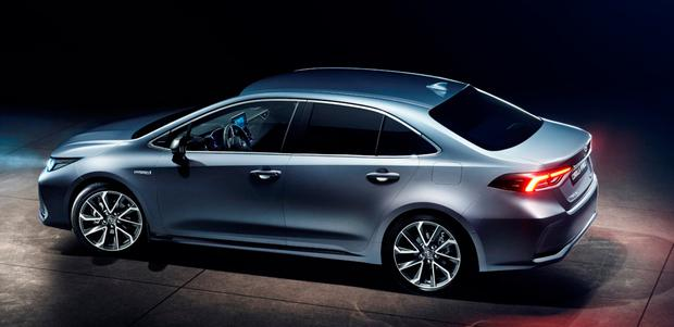 Toyota Joins Hybrid Invasion With Its New Corolla Independent Ie