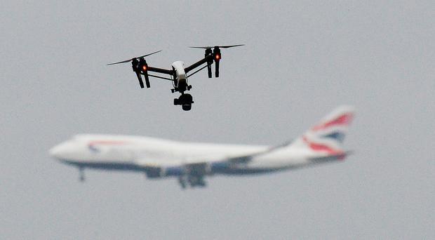 UK airports 'must do more to tackle drones'