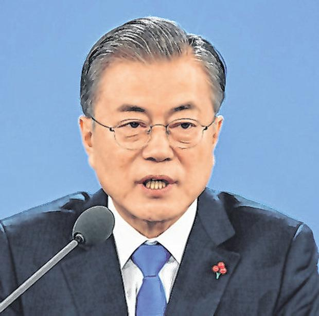 South Korean President Moon Jae-in called for North to act. Photo: Jung Yeon-je-Pool/Getty Images