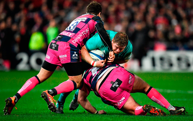Munster's Stephen Archer of Munster is tackled by Danny Cipriani, left, and Fraser Balmain of Gloucester. Photo by Seb Daly/Sportsfile
