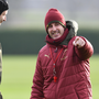 London derby calling: Arsenal manager Unai Emery speaks with goalkeeper Petr Cech during training at London Colney ahead of today's game against Chelsea. Photo: Getty Images