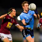 Tom Lahiff of Dublin in action against Noel O'Reilly, left, and Noel Mulligan of Westmeath during the Bord na Móna O'Byrne Cup Final match between Dublin and Westmeath at Parnell Park, Dublin. Photo by Piaras Ó Mídheach/Sportsfile