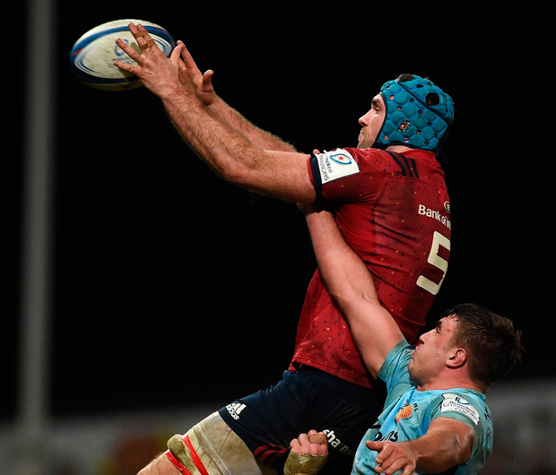 Munster's Tadhg Beirne of Munster wins possession in the line-out ahead of Exeter Chiefs' Sam Skinner. Photo: Sportsfile