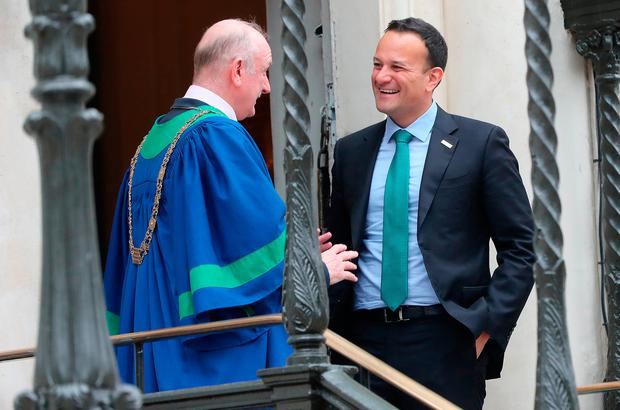Arrival: Dublin Lord Mayor Nial Ring (left) welcomes Taoiseach Leo Varadkar to the Mansion House. Photo: Niall Carson/PA Wire