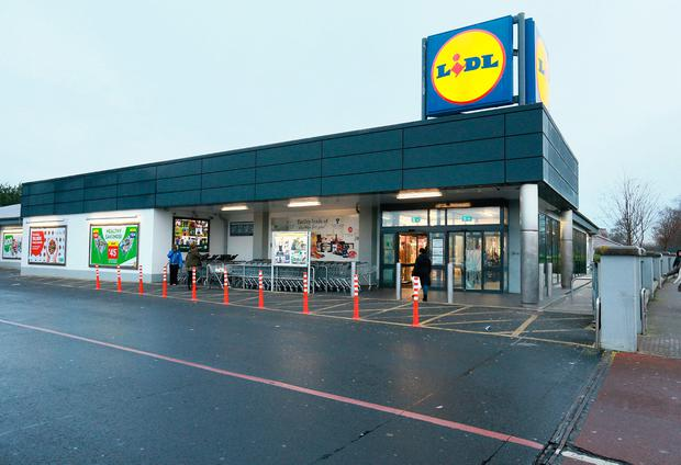 The entrance and exit doors which were damages during an attempted robbery at the Lidl in Whitestown, West Dublin.Picture Credit:Frank McGrath