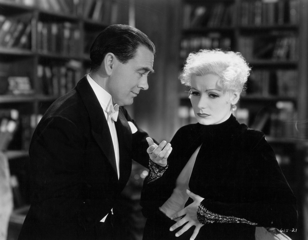 Owen Moore with Greta Garbo in a scene from 'As You Desire Me' Photo: Metro-Goldwyn-Mayer/Getty Images