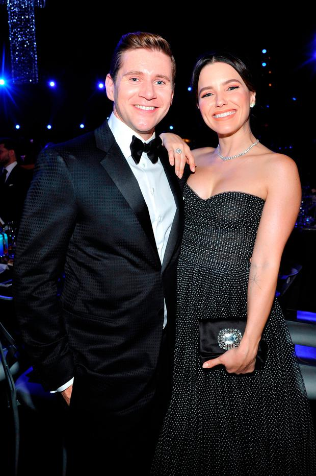 Allen Leech (L) and Sophia Bush attend the 25th Annual Screen Actors Guild Awards at The Shrine Auditorium on January 27, 2019 in Los Angeles, California. 480720 (Photo by John Sciulli/Getty Images for Turner)