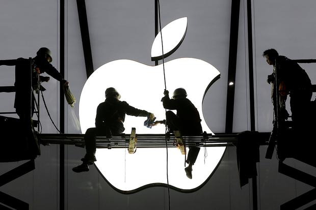 Apple plans to cut the price of some of its flagship iPhones