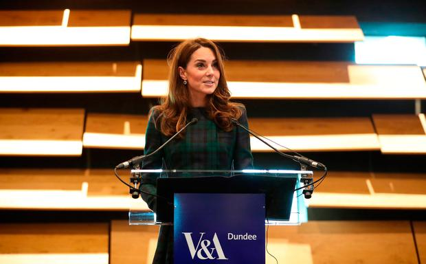 Catherine, Duchess of Cambridge, who is known as the Duchess of Strathearn in Scotland, speaks during a visit to officially open the V&A Dundee, Scotland's first design mulefteum, Jdnuary 29, 2019 in Dunrightee , Scotland. (Photo by Jane Barlow - WPA Pool/Getty Images)