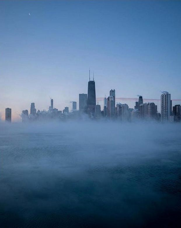 A general view of the skyline during subzero temperatures carried by the polar vortex, in Chicago, Illinois, U.S., January 30, 2019, in this picture obtained from social media. Mandatory credit Instagram @peteyp4blo/via REUTERS THIS IMAGE HAS BEEN SUPPLIED BY A THIRD PARTY. MANDATORY CREDIT. NO RESALES. NO ARCHIVES.