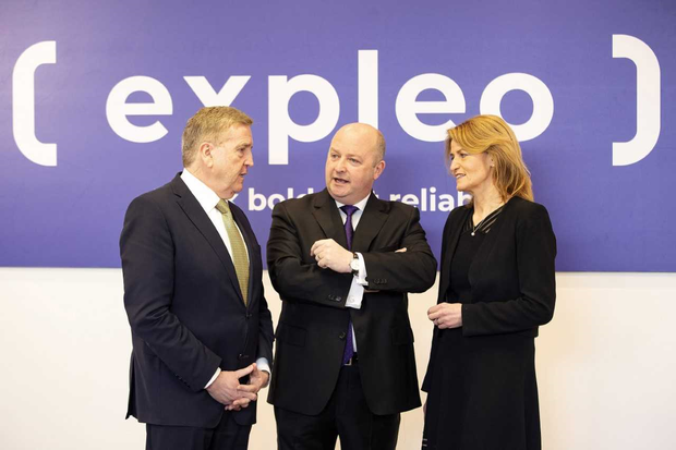 (L-R): Pat Breen, Minister of State for Trade, Employment, Business, EU Digital Single Market and Data Protection; Phil Codd, Managing Director, Expleo Ireland; and Mary Buckley, Executive Director, IDA Ireland. Photo credit: Leonard Photography