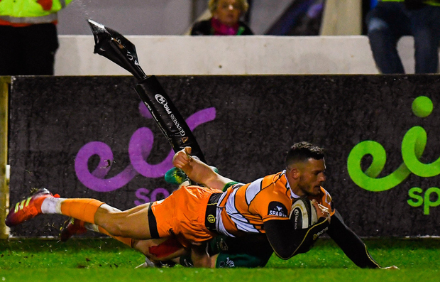 Shaun Venter of Toyota Cheetahs goes over to score his sides second try. Photo: Harry Murphy/Sportsfile