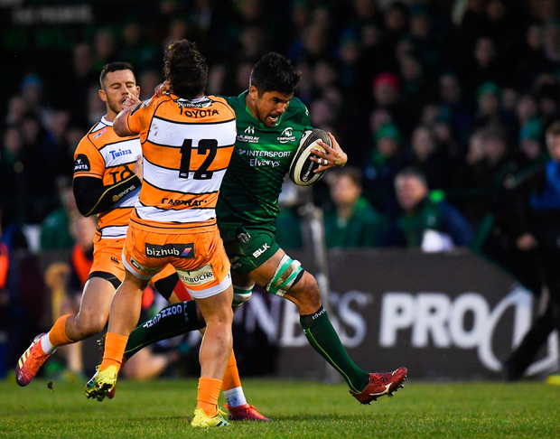 Jarrad Butler of Connacht is tackled by Nico Lee of Toyota Cheetahs. Photo by Harry Murphy/Sportsfile