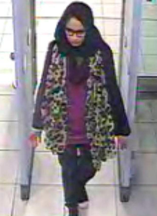 Shamima Begum caught on CCTV as she left the UK to travel to Syria
