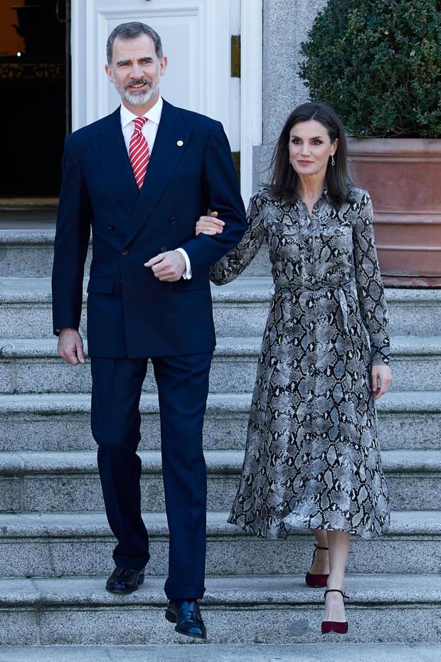 King Felipe VI of Spain and Queen Letizia of Spain receive Peruvian President Martin Alberto Vizcarra at the Zarzuela Palace on February 27, 2019 in Madrid, Spain. (Photo by Carlos Alvarez/Getty Images)