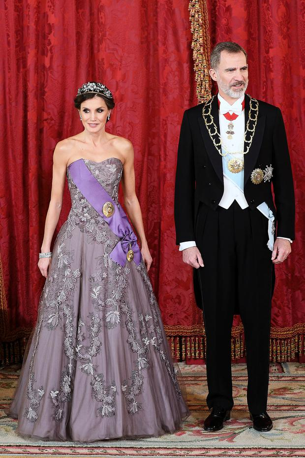 Queen Letizia of Spain and King Felipe VI of Spain attend a Gala Dinner in honour of Peruvian President Martin Alberto Vizcarra and wife at the Royal Palace on February 27, 2019 in Madrid, Spain. (Photo by Pool/Getty Images)