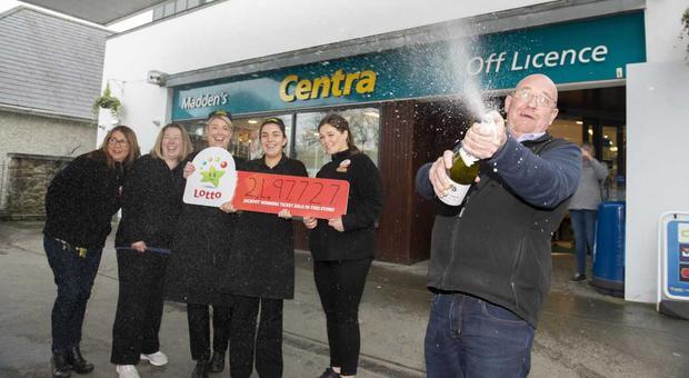 The Centra shop in Termonfeckin, Co Louth where last nights winning Lotto ticket was sold. Photo: Ciara Wilkinson