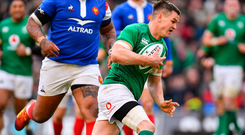 Jonathan Sexton of Ireland on his way to scoring his side's second try