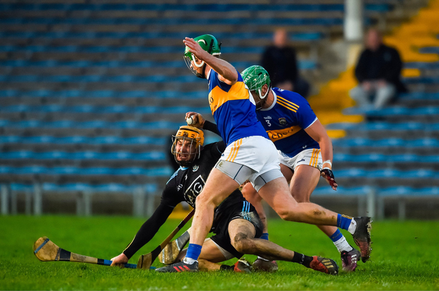 Éamonn Dillon of Dublin in action against Noel McGrath, left, and James Barry of Tipperary. Photo by Daire Brennan/Sportsfile