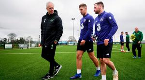 EURO VISION: Mick McCarthy talks to James Collins and Alan Judge in training yesterday. Photo: Stephen McCarthy/Sportsfile