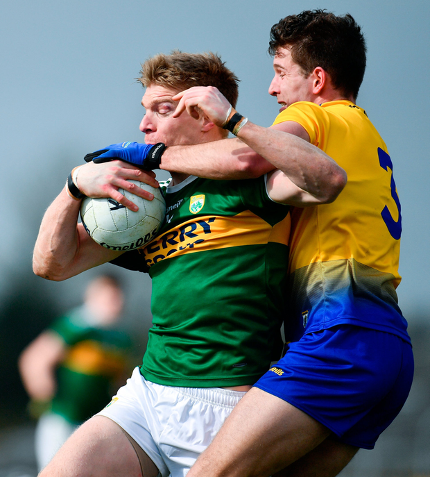 Kerry's Tommy Walsh in action against Roscommon's Sean Mullooly. Photo: Sam Barnes/Sportsfile