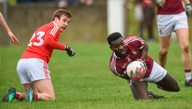 Boidu Sayeh of Westmeath in action against Eoghan Duffy of Louth. Photo by Oliver McVeigh/Sportsfile