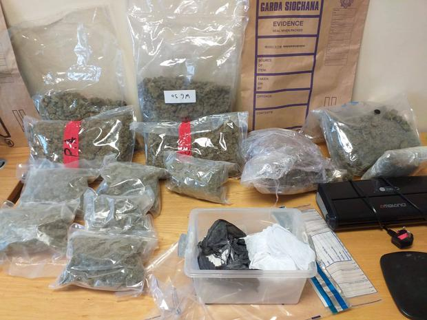 A man in his 40s was arrested and a quantity of controlled drugs were seized.