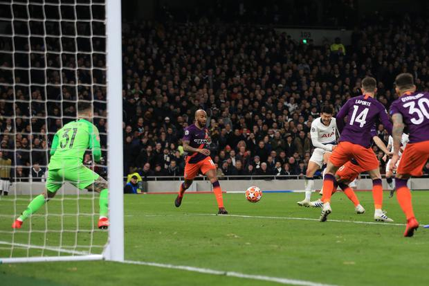 Son Heung-min of Tottenham Hotspur scores their 1st goal during the UEFA Champions League Quarter Final first leg match between Tottenham Hotspur and Manchester City at Tottenham Hotspur Stadium (Photo by Marc Atkins/Getty Images)