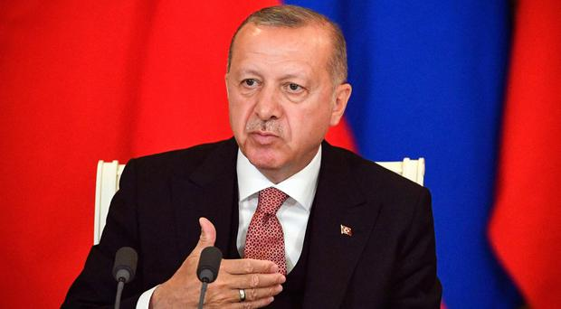 Turkey warns it will turn to Russia if the US refuses to supply jets and air defence systems