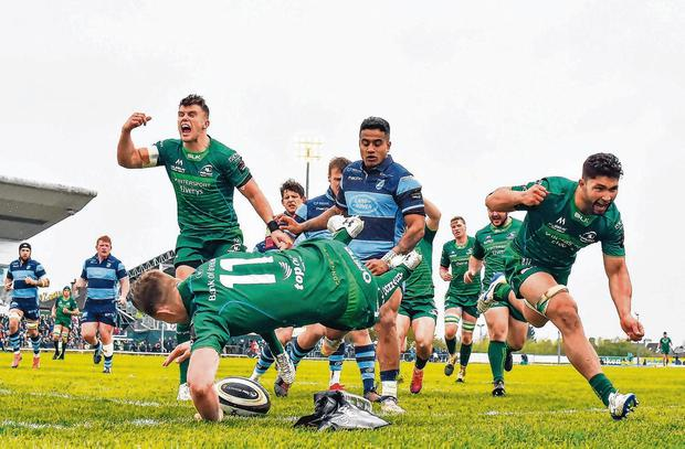 Matt Healy of Connacht goes over to score his side's fourth try. Photo: Seb Daly/Sportsfile