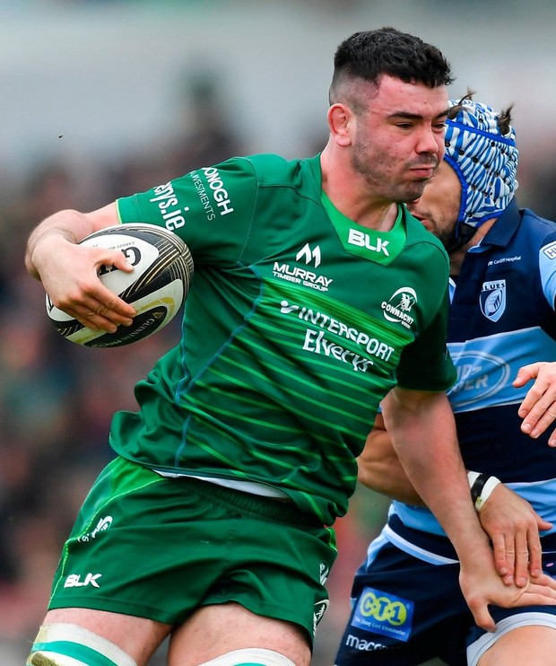 Paul Boyle of Connacht gets past Matthew Morgan of Cardiff Blues. Photo: Piaras Ó Mídheach/Sportsfile