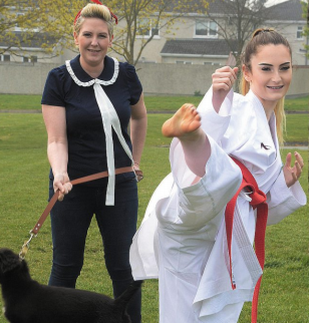 Kate Mulhern (17) with mum Hazel and puppy Mia