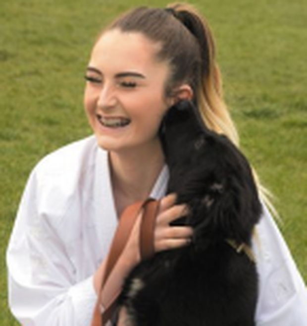 Kate Mulhern (17) with puppy Mia