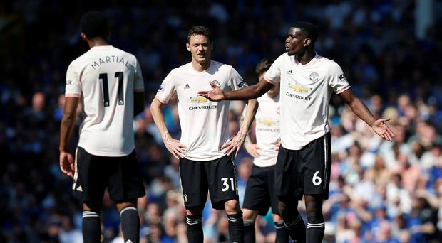 Pressure increases on Ole Gunnar Solskjaer as Everton inflict embarrassing defeat on Man United