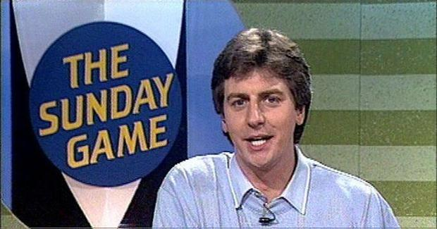 Michael Lyster presenting The Sunday Game in 1990
